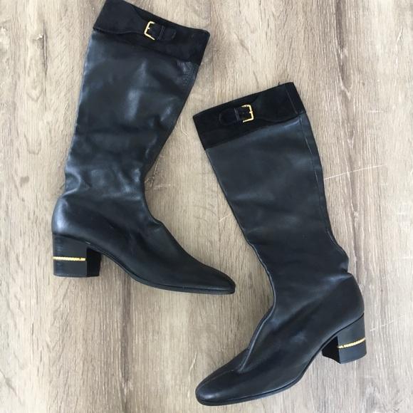 d0c66b6f7a1 Gucci Shoes - Vintage Gucci black leather suede boots 40   10